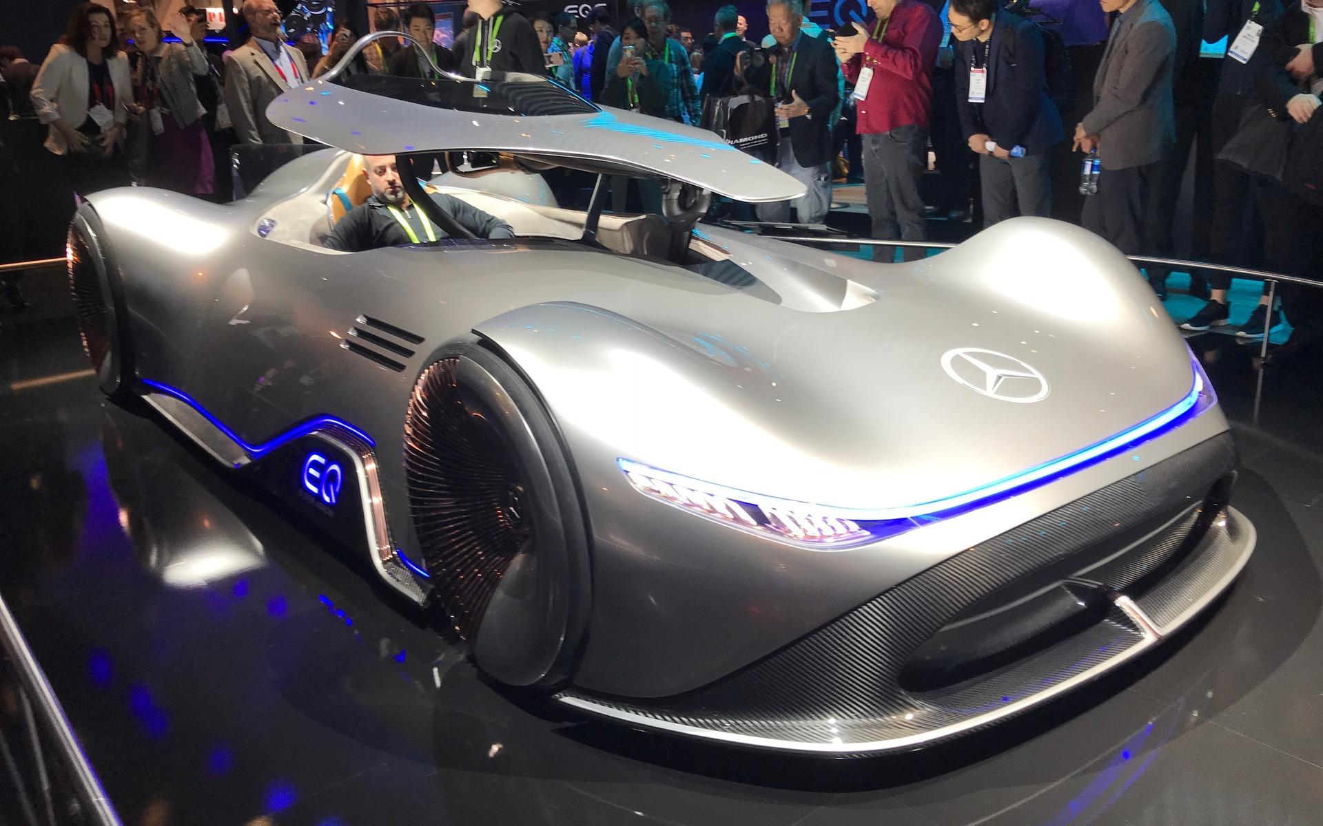 <p>Mercedes-Benz EQ Silver Arrow Concept</p>