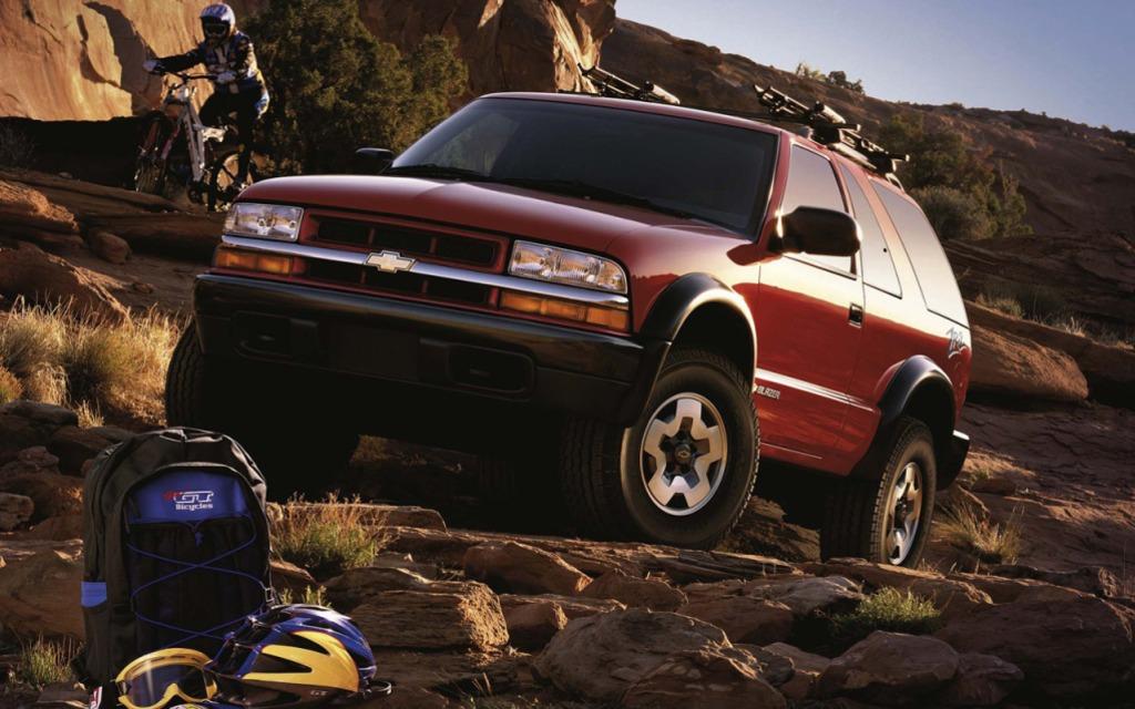 <p>Chevrolet Blazer ZR22000</p>