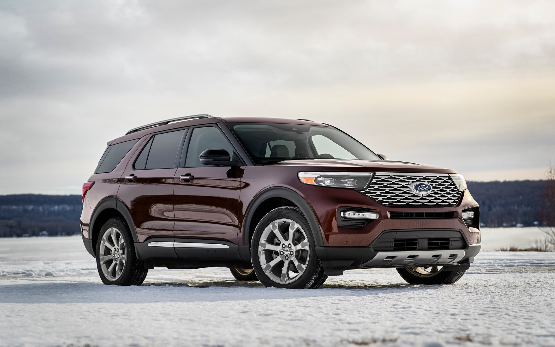 The 2020 Ford Explorer Shows Its New Face At The Montreal
