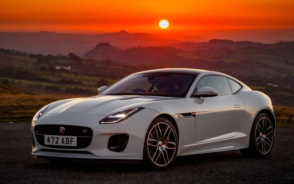 Jaguar présente la nouvelle F-TYPE Checkered Flag 2020 365764_2020_Jaguar_F-Type