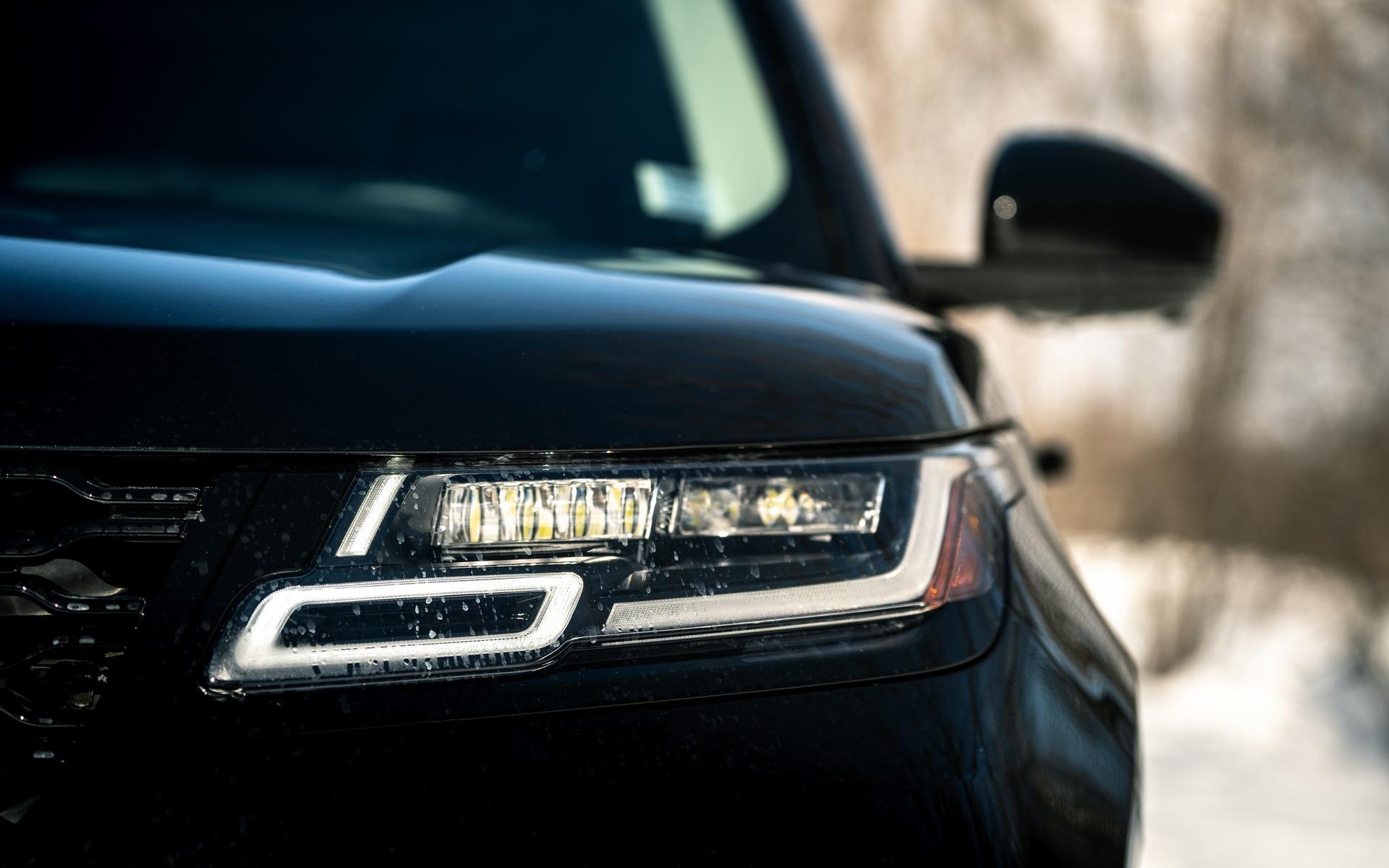 Range Rover Velar 2019 : battre la concurrence avec le style 365793_Range_Rover_Velar_2019_battre_la_concurrence_avec_le_style