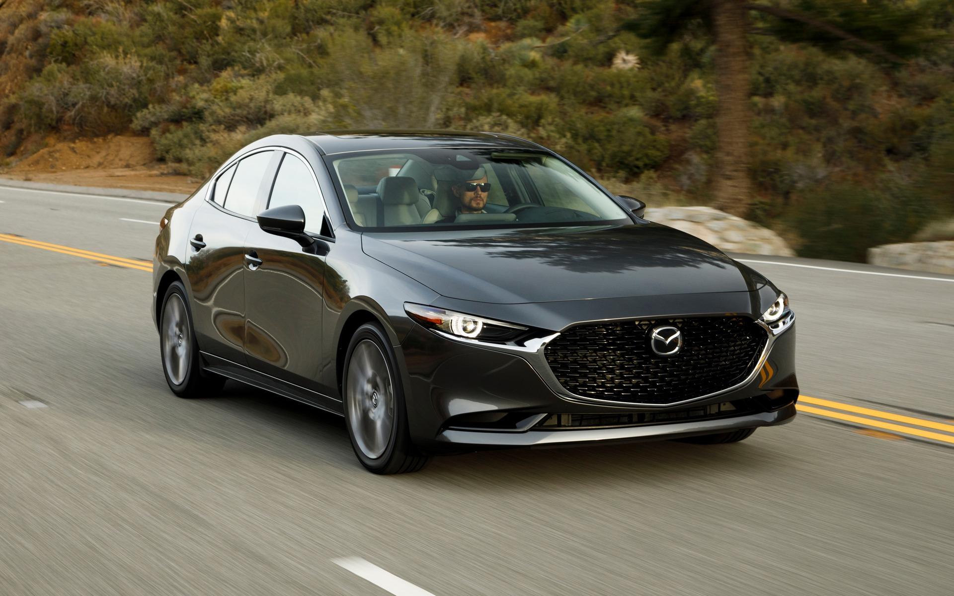 Mazda3 2019 : ce qu'il faut savoir également 365859_2019_Mazda_Mazda3