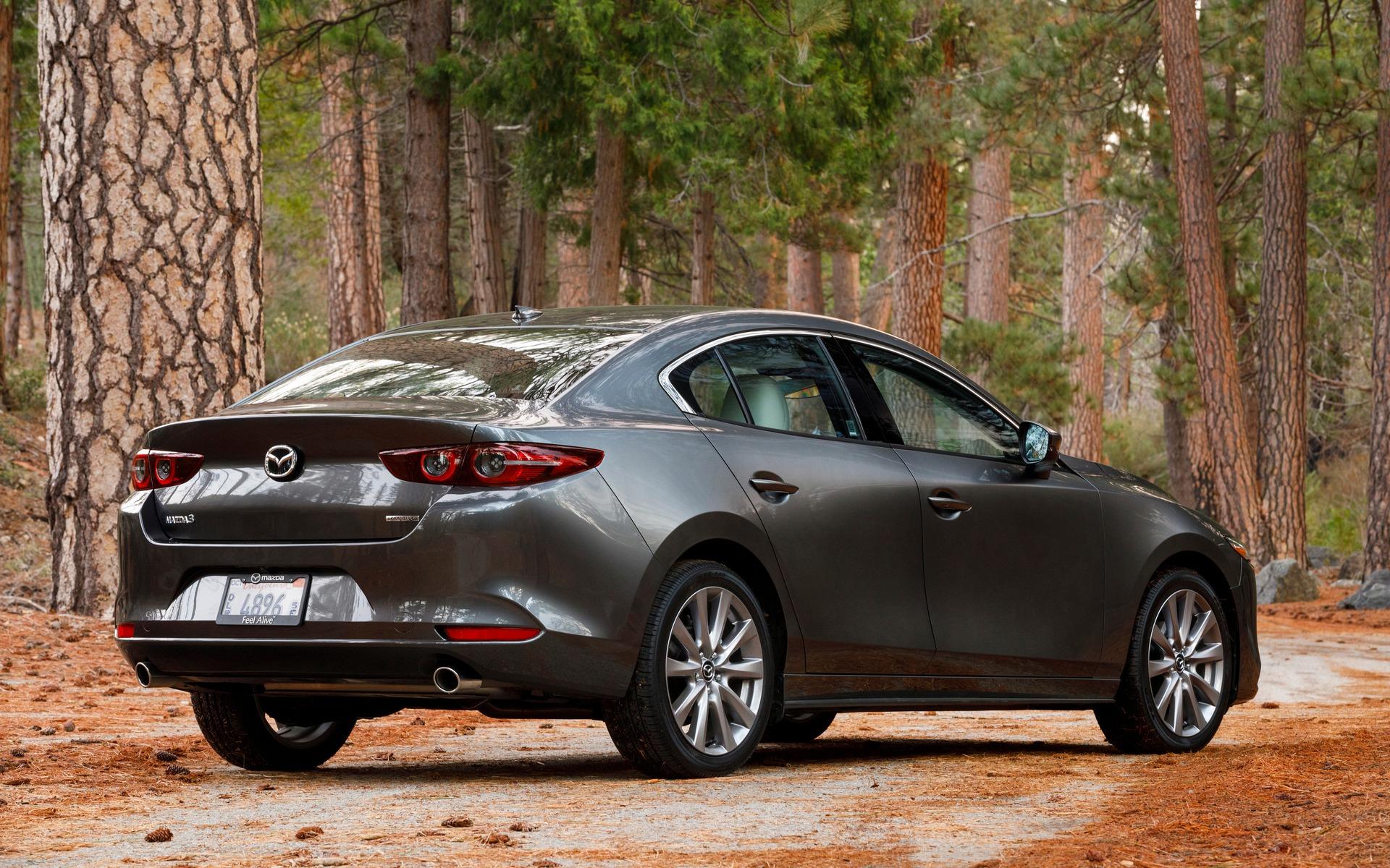 Mazda3 2019 : ce qu'il faut savoir également 365864_2019_Mazda_Mazda3