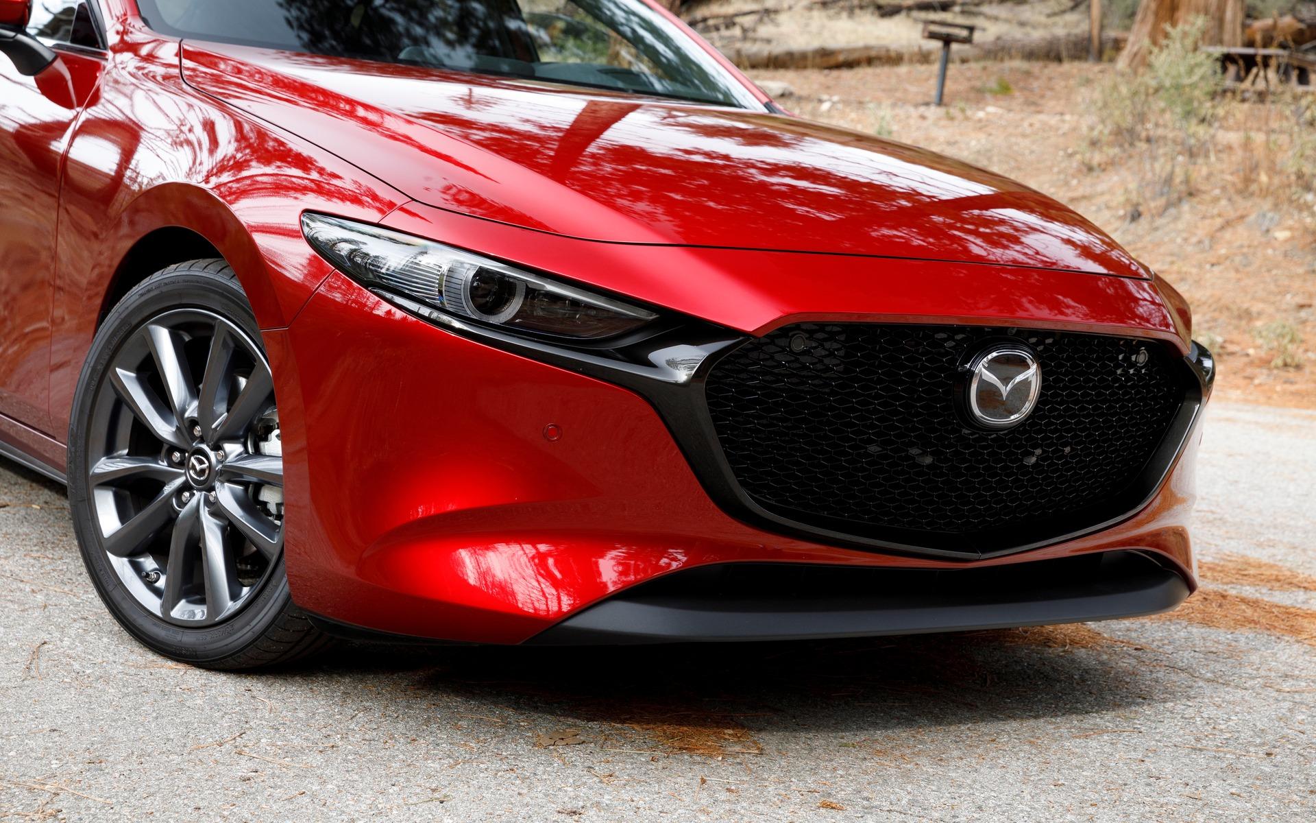 Mazda3 2019 : ce qu'il faut savoir également 365871_2019_Mazda_Mazda3