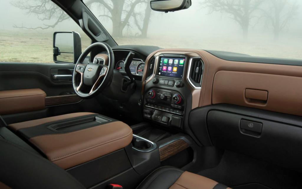 Le Chevrolet Silverado HD 2020 sera encore plus fort que le GMC 366046_2020_Chevrolet_Silverado_2500_HD