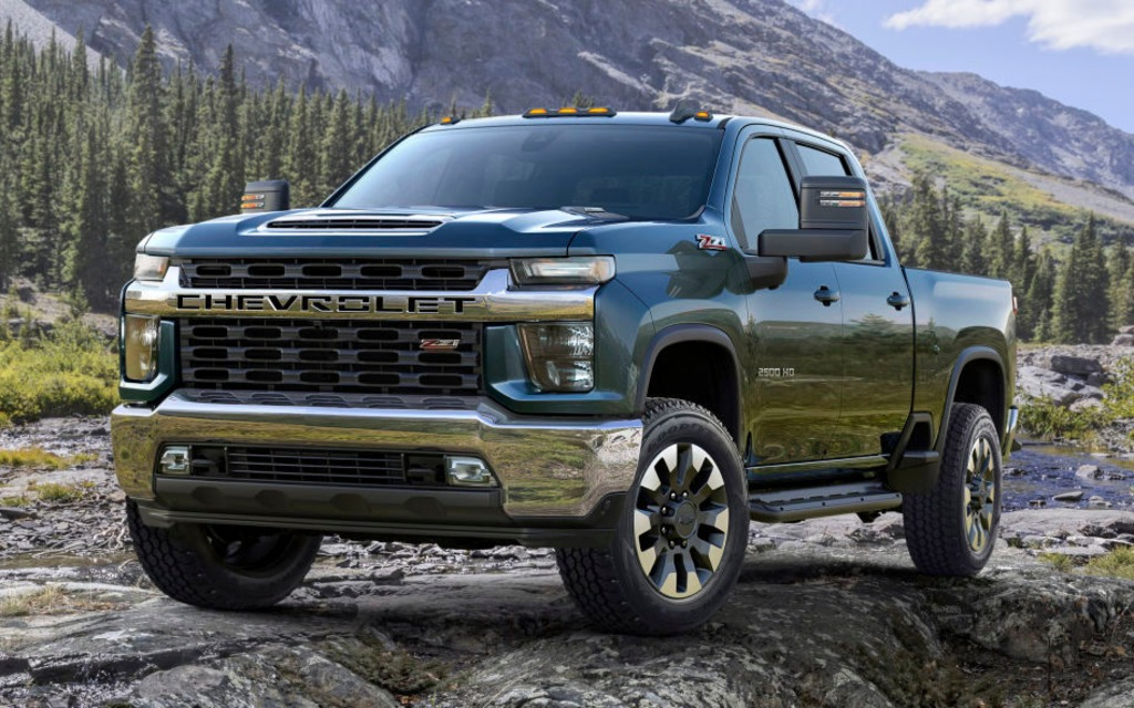 Le Chevrolet Silverado HD 2020 sera encore plus fort que le GMC 366047_2020_Chevrolet_Silverado_2500_HD