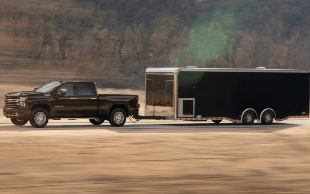Le Chevrolet Silverado HD 2020 sera encore plus fort que le GMC 366052_2020_Chevrolet_Silverado_2500_HD