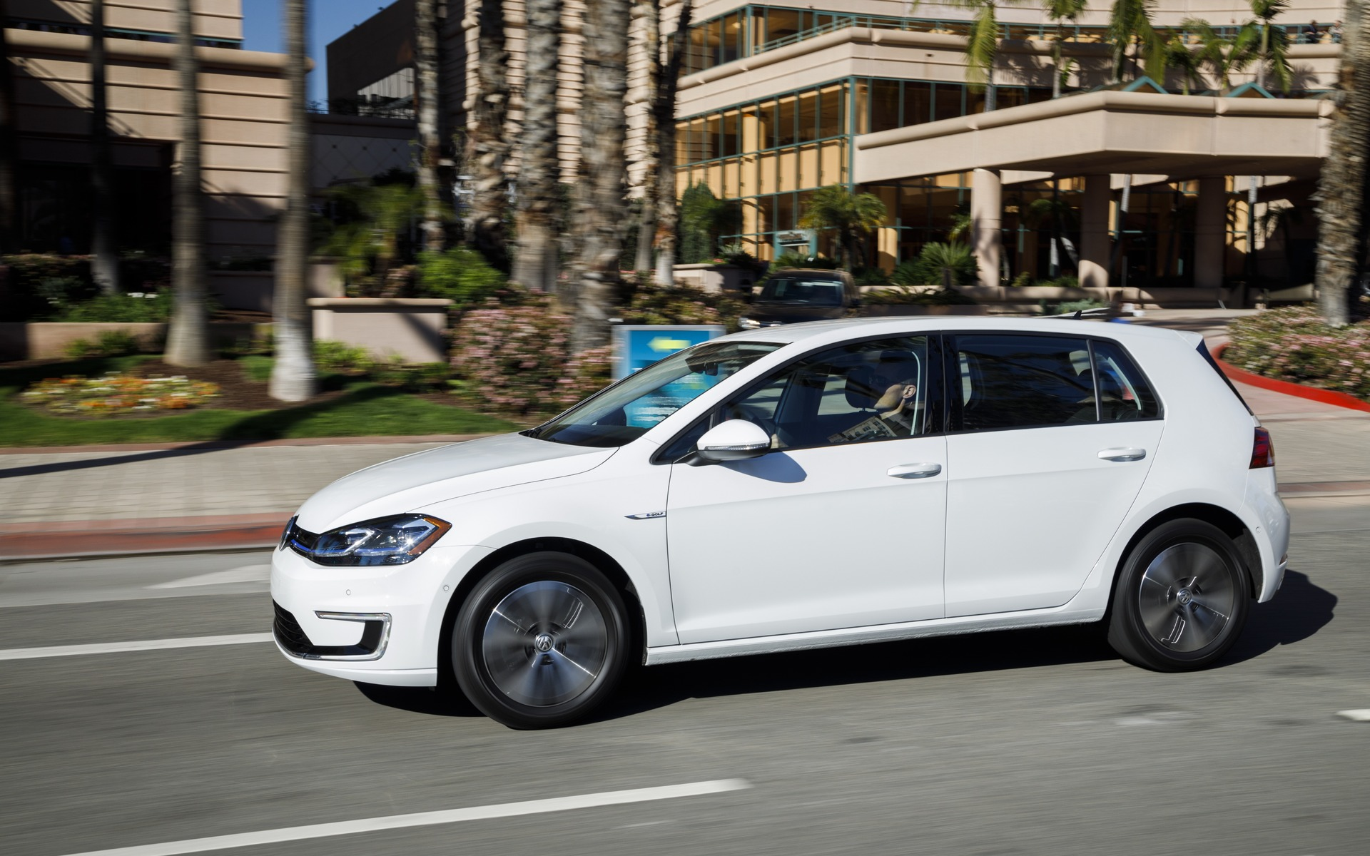 <p>Volkswagen e-Golf</p>