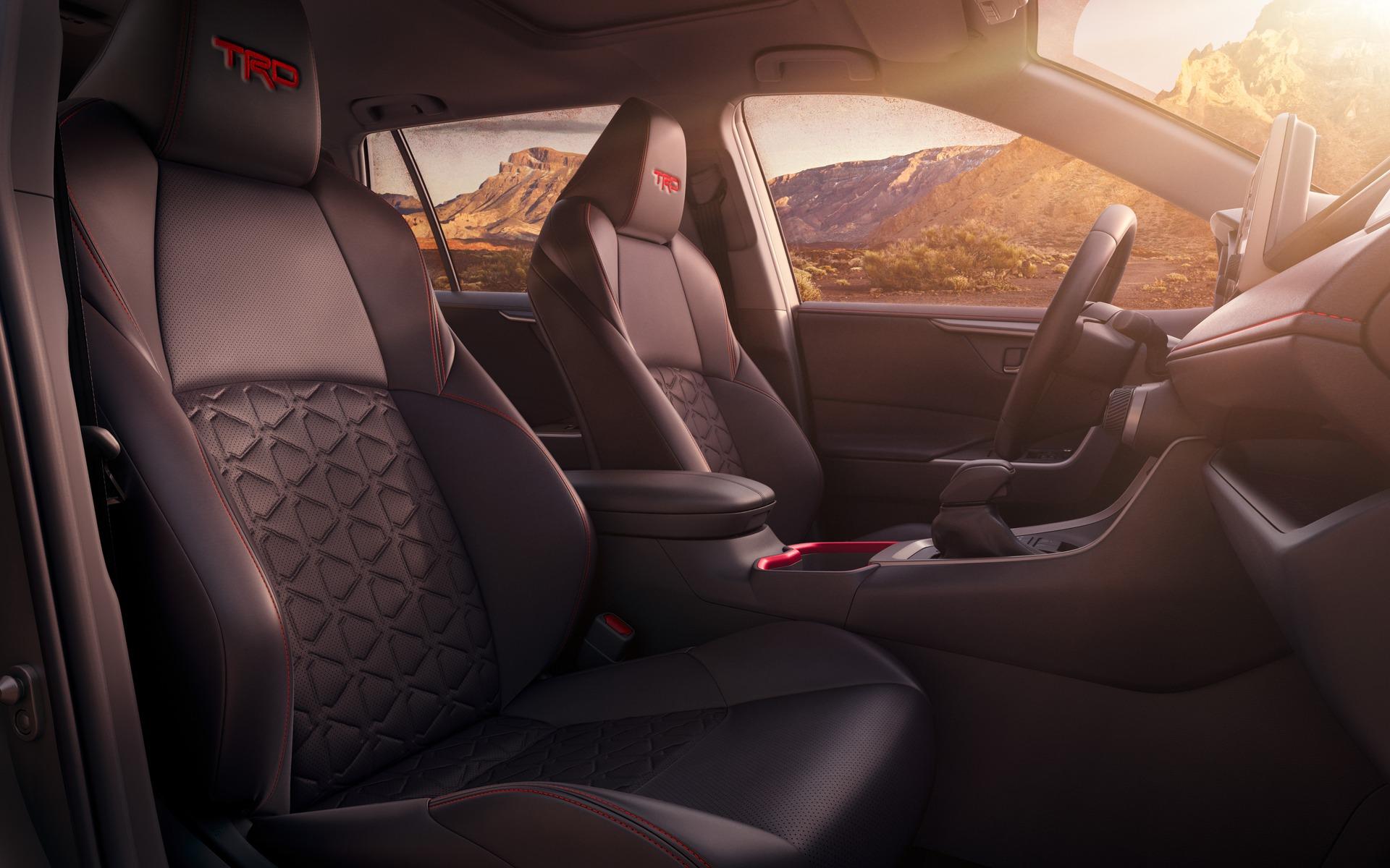 Découvrez le Toyota RAV4 TRD Off-Road 2020 366481_2020_Toyota_RAV4