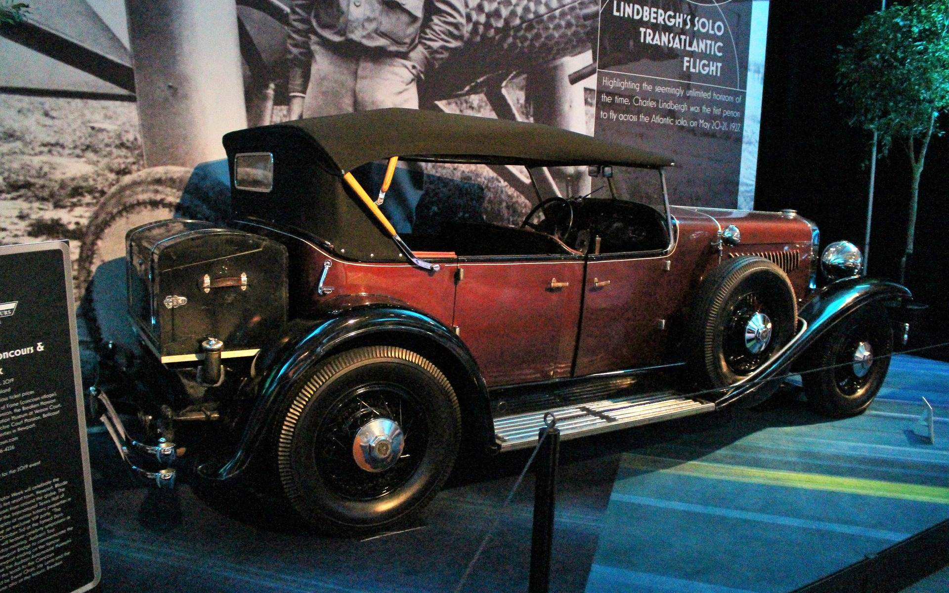 <p>1927 Duesenberg Model Y</p>