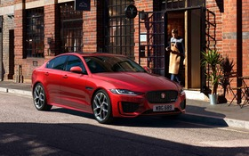2020 Jaguar Xe News Reviews Picture Galleries And Videos The