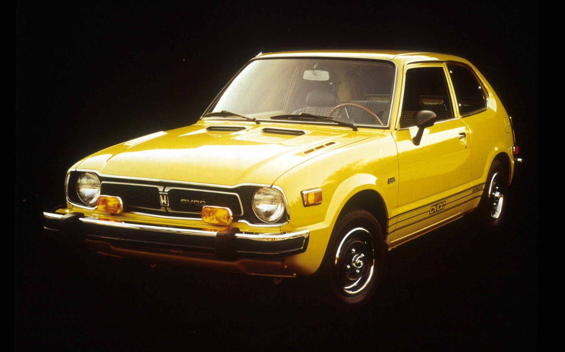 <p>1974 Honda Civic</p>