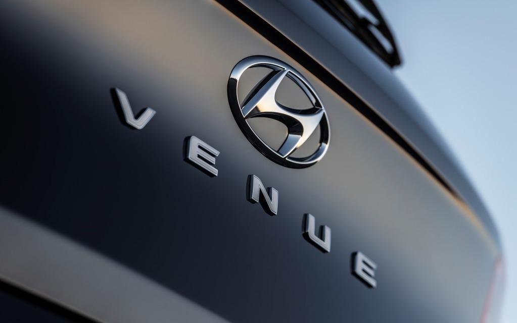 <p>2020 Hyundai Venue</p>