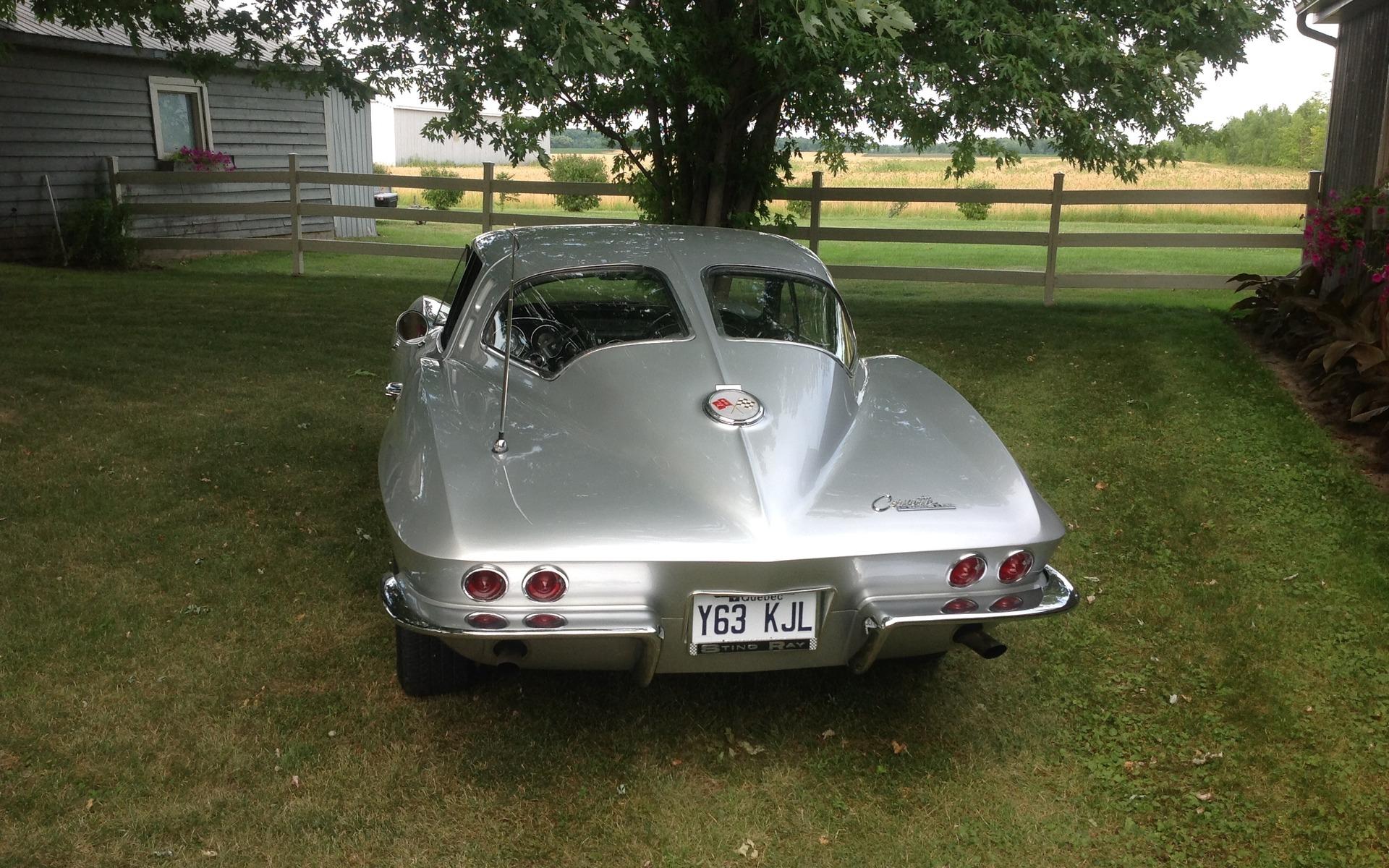 Chevrolet Corvette 1963 : le rêve du collectionneur 372142_1963_Chevrolet_Corvette