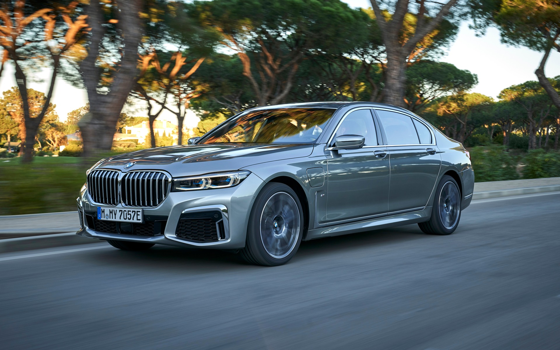 2020 BMW 7 Series: 6th Generation Gets a Major Update - The