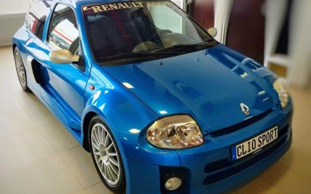 Cette rare voiture française est à vendre au Québec ...