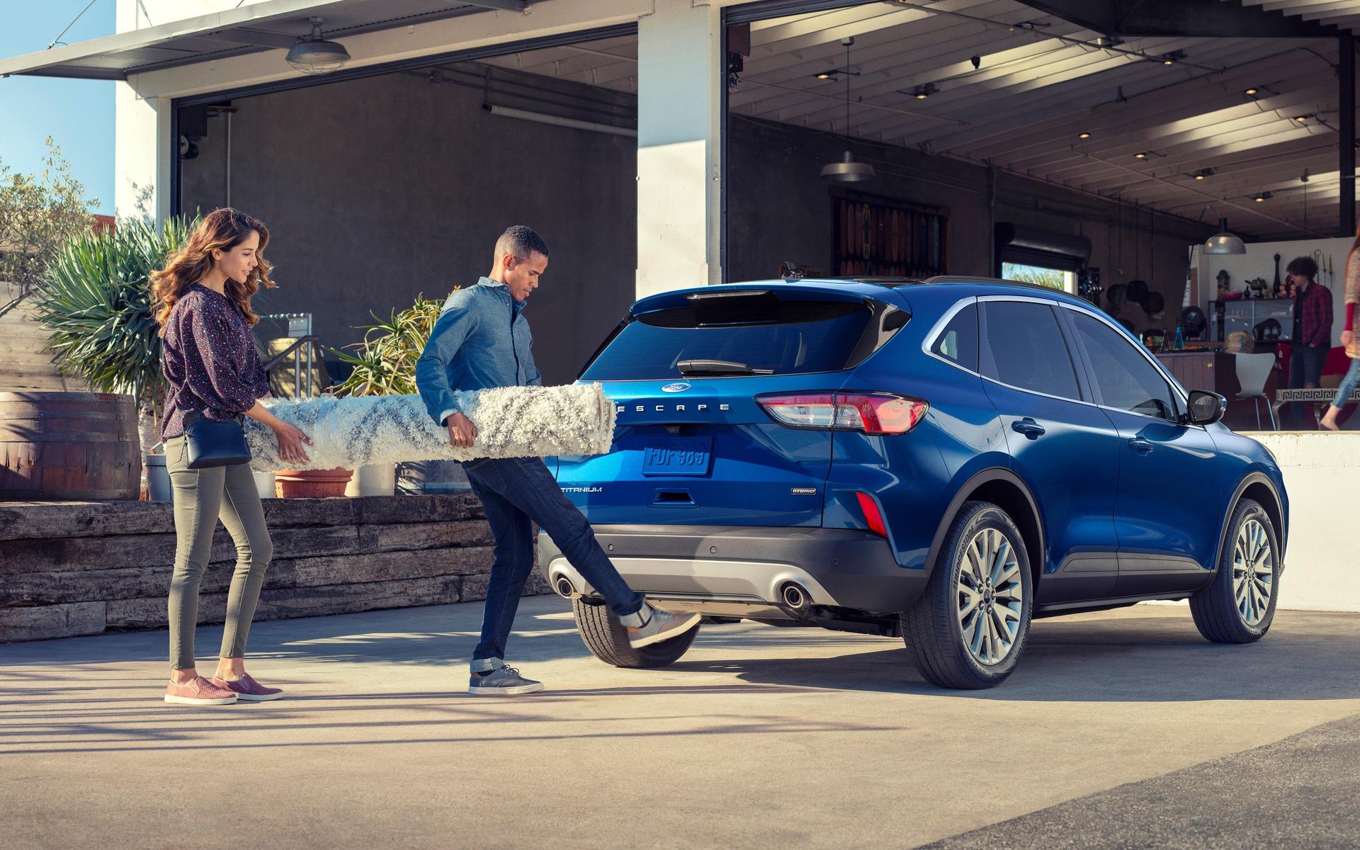 <p>Ford Escape 2020</p>