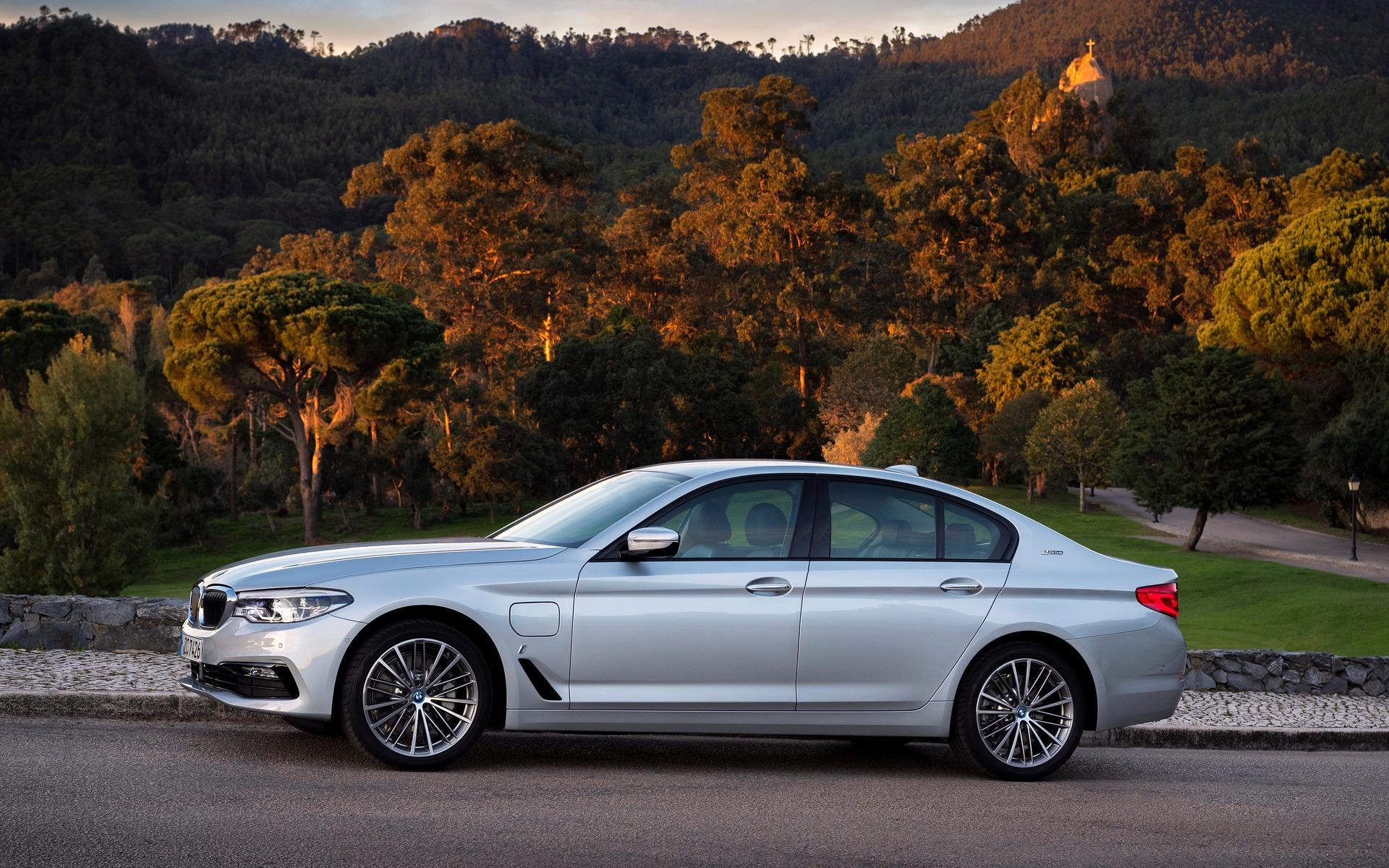 <p>BMW 530e xDrive</p>