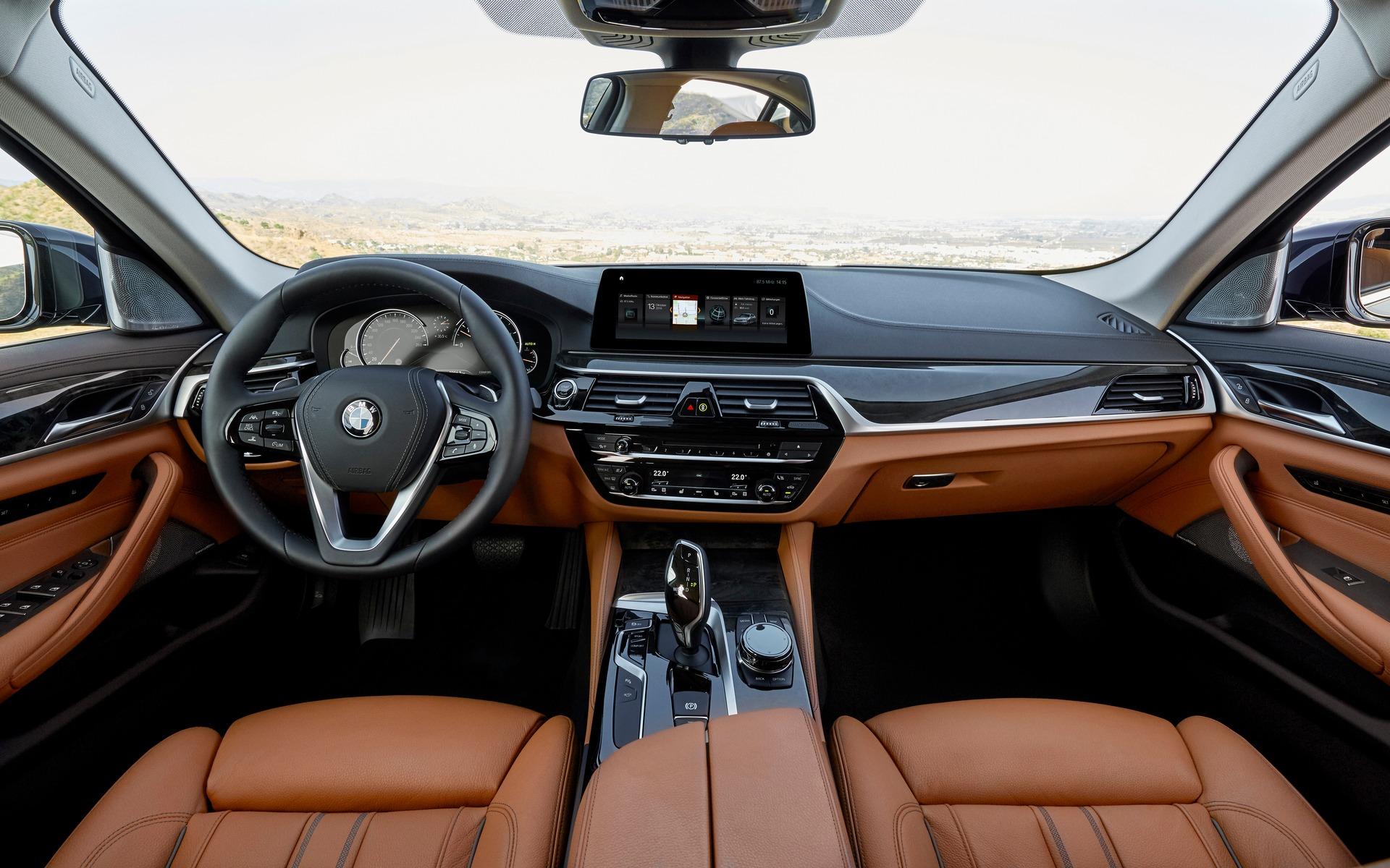 <p>BMW 540i xDrive</p>
