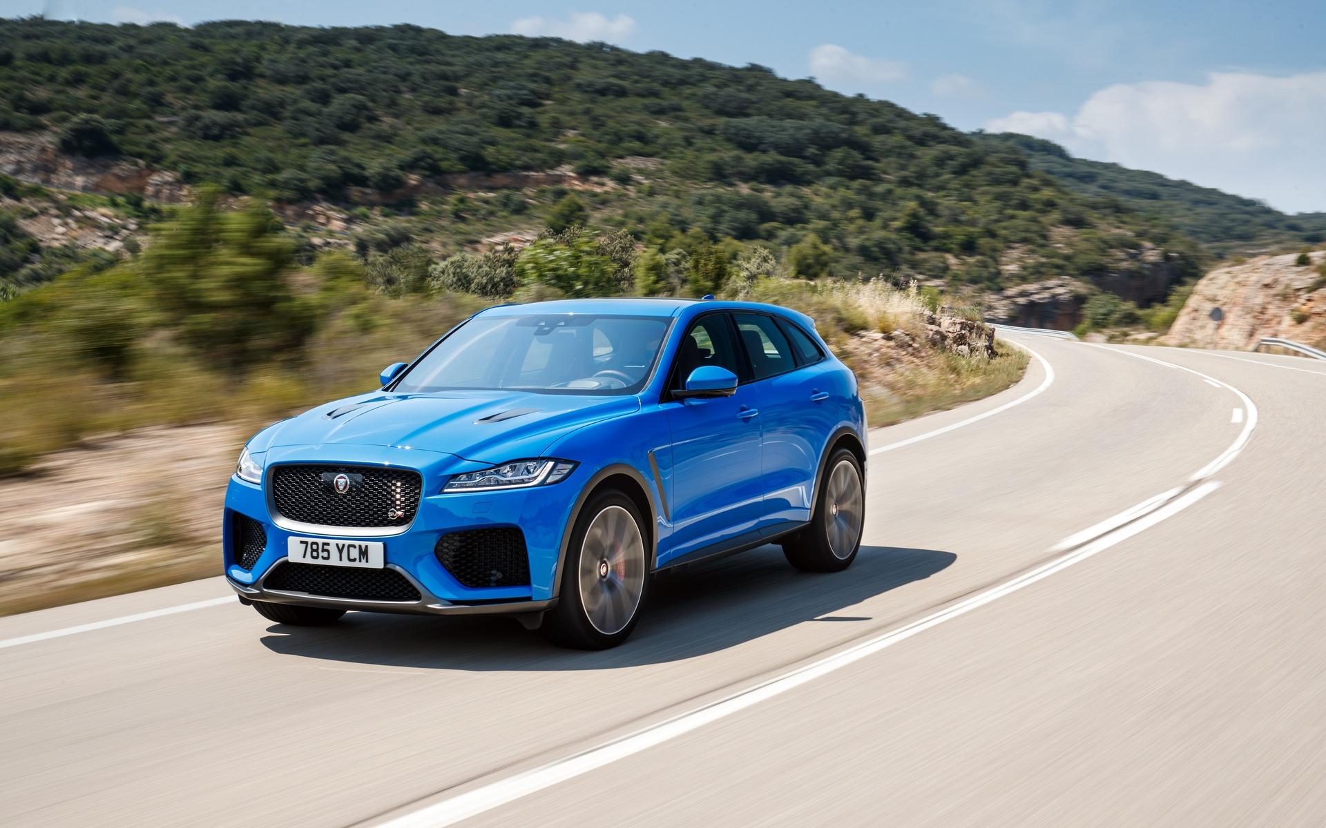 <p>Jaguar F-PACE SVR 2020</p>