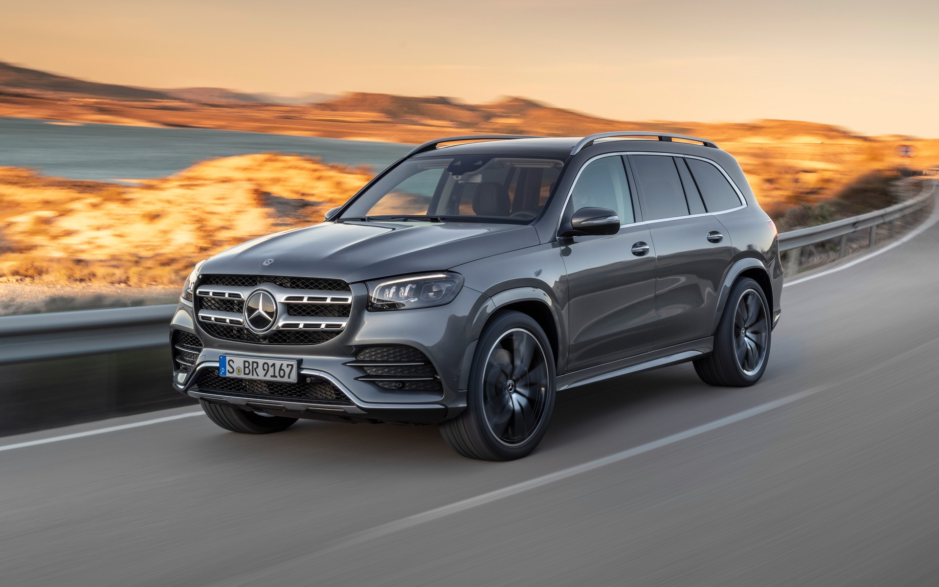 2020 Mercedes – Benz GLS New Engine, Price Updates >> 2020 Mercedes Benz Gls Unveiled In New York The Car Guide