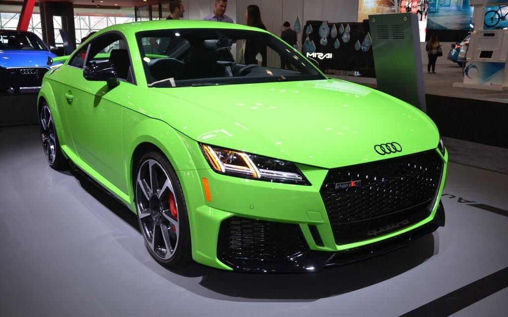 2019 Audi TT RS Hits the Big Apple - The Car Guide
