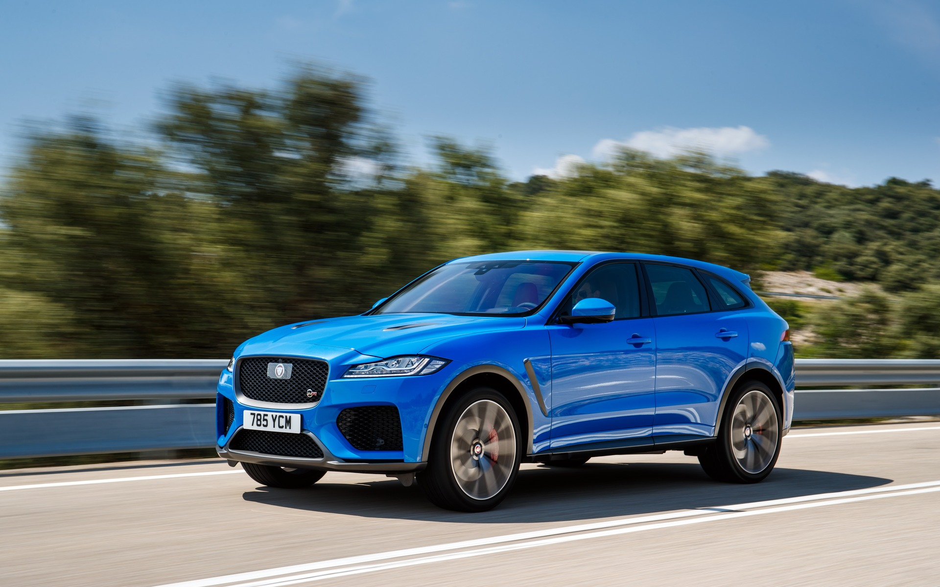 2020 Jaguar F Pace Svr The Heart Of The F Type Svr The Car Guide