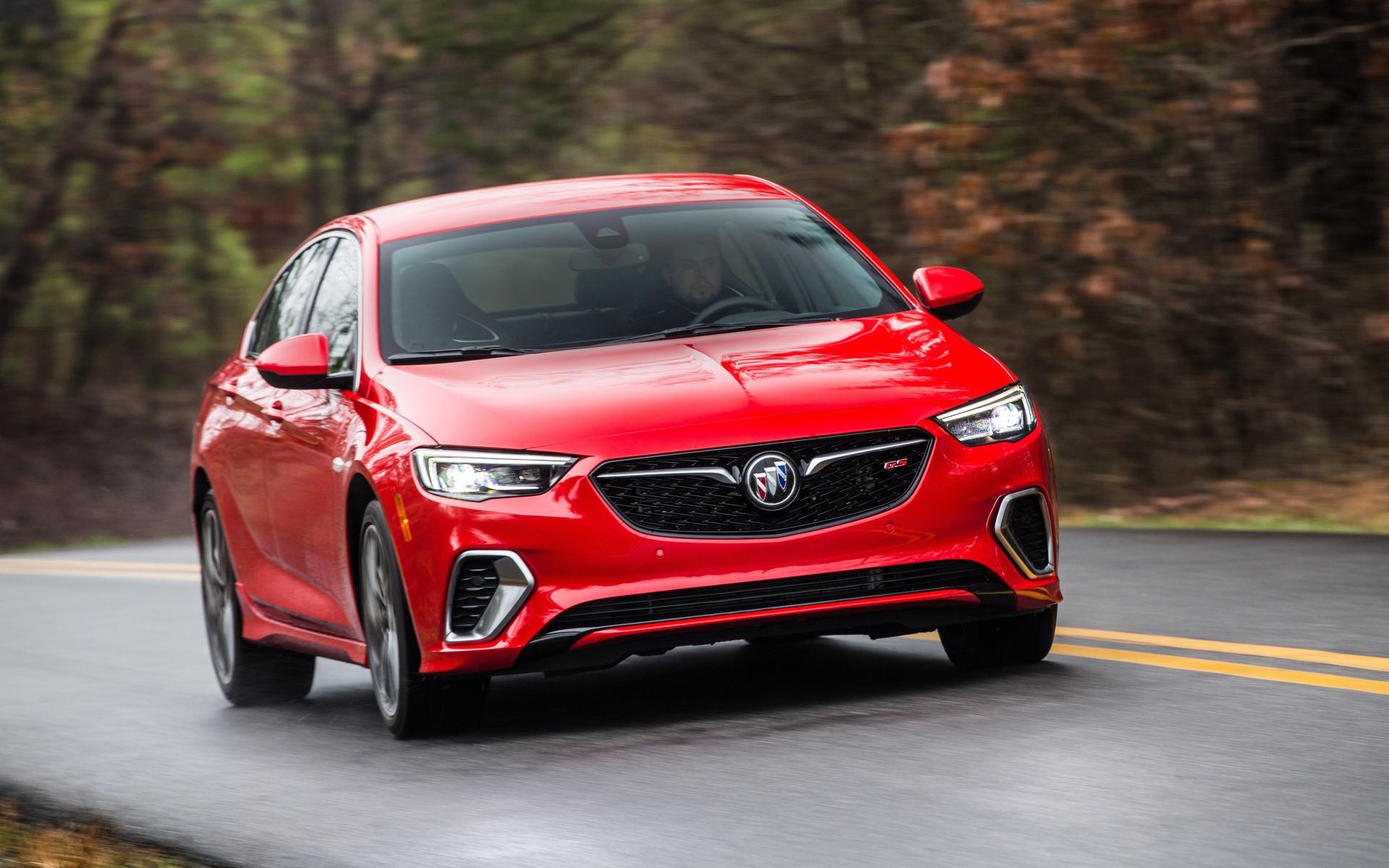 Buick Regal 2019 : cinq choses à savoir 375426_2019_Buick_Regal