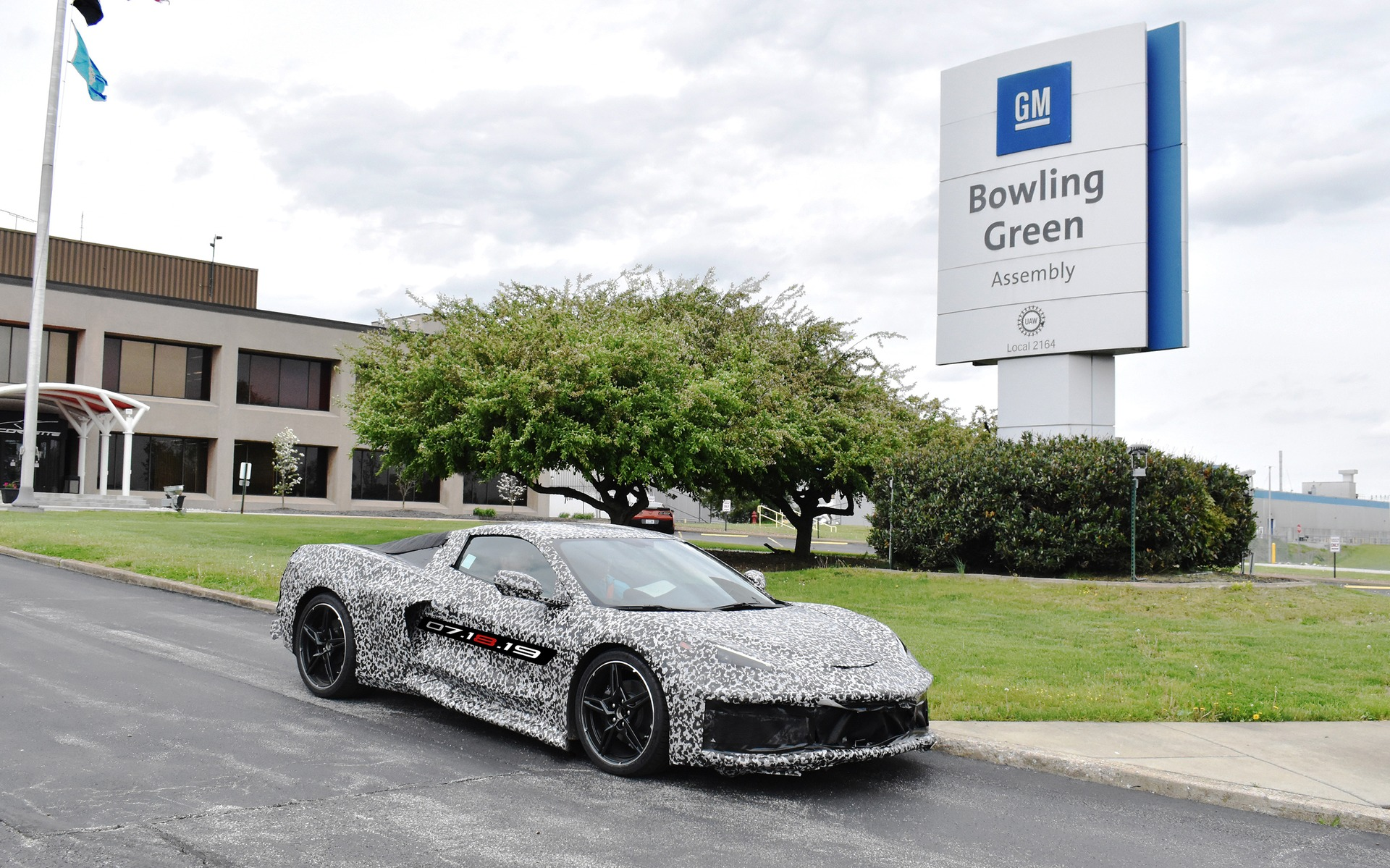 Production Of 2020 Chevrolet Corvette To Add Second Shift 400 Jobs