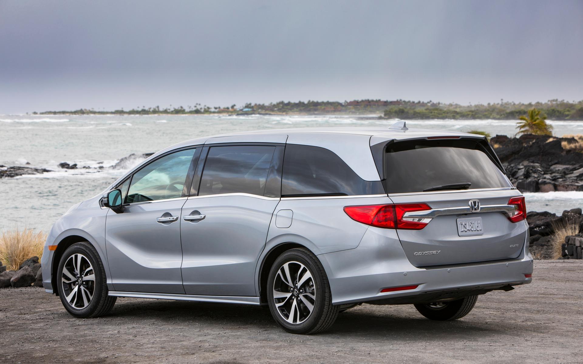 <p>2019 Honda Odyssey</p>