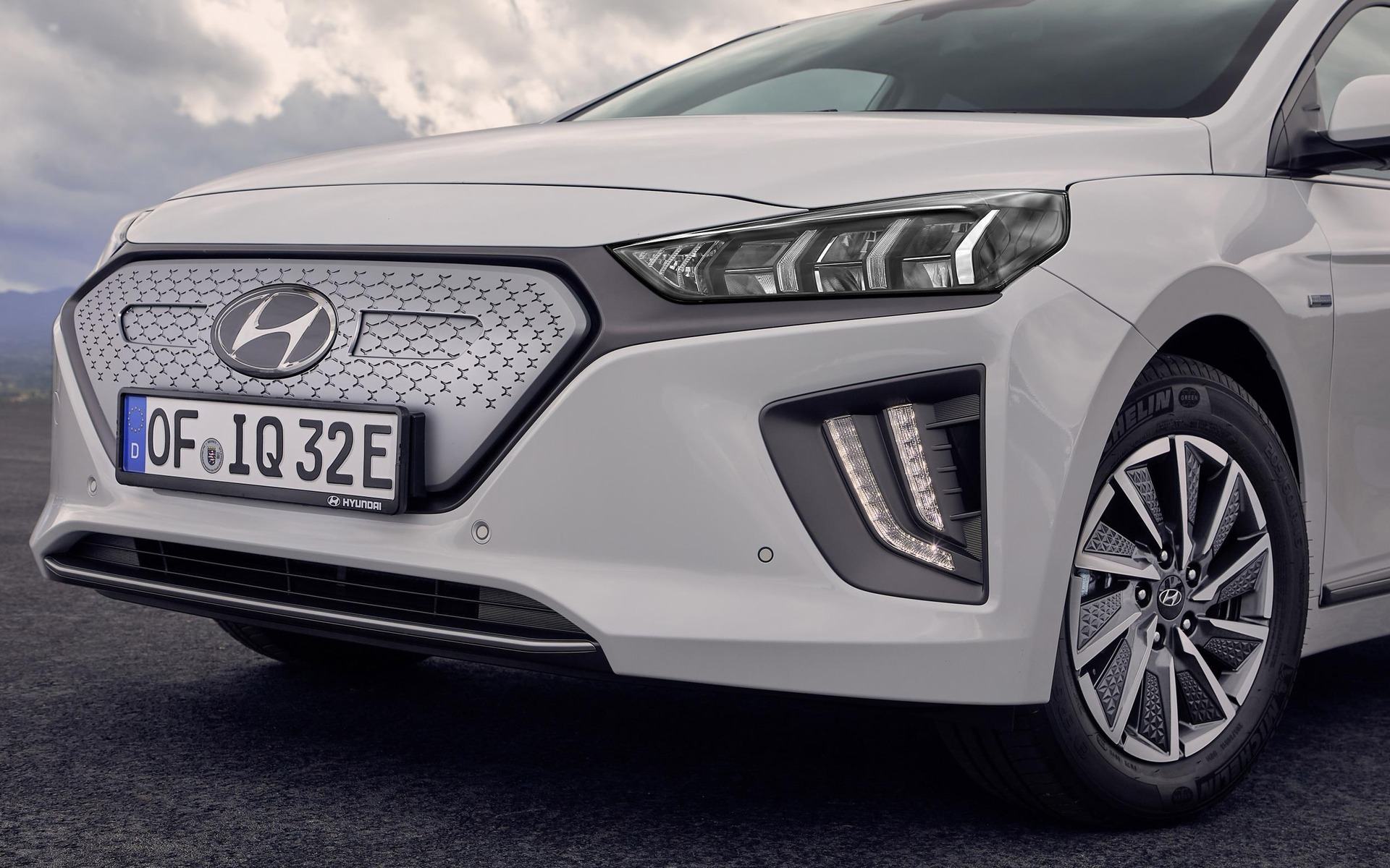2020 Hyundai IONIQ Electric to Offer More Range and Connectivity