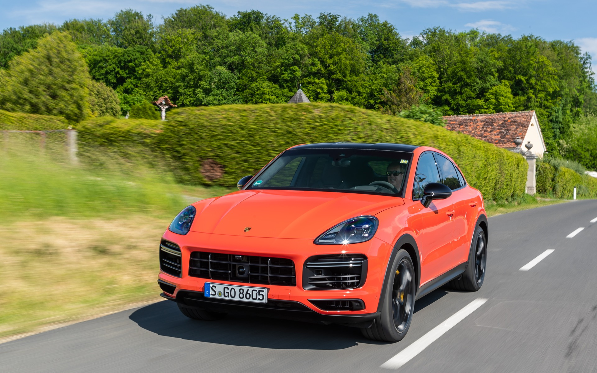 2020 Porsche Cayenne Coupe: Sportier Looks and Dynamics