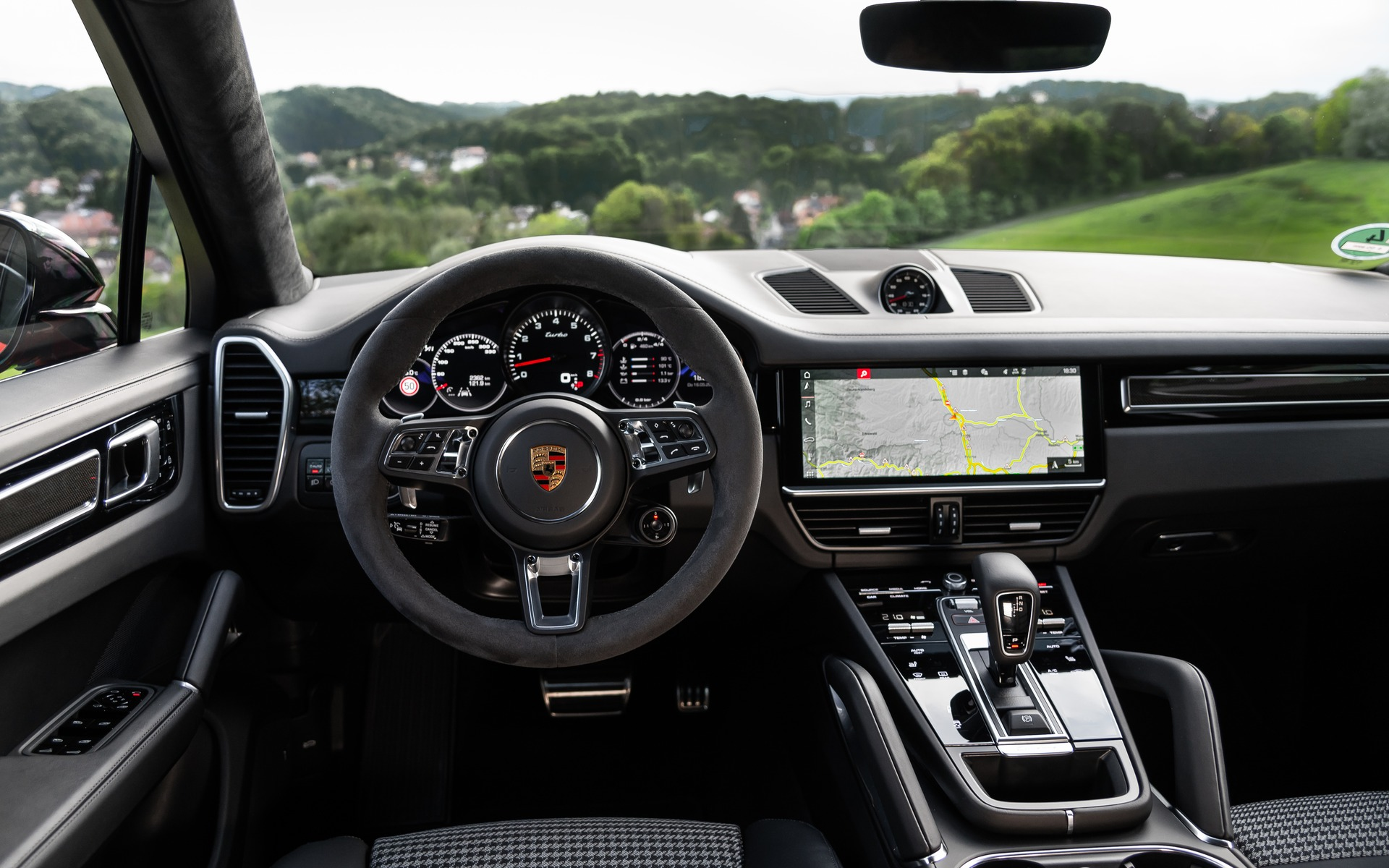 2020 Porsche Cayenne Coupe Sportier Looks And Dynamics The Car Guide