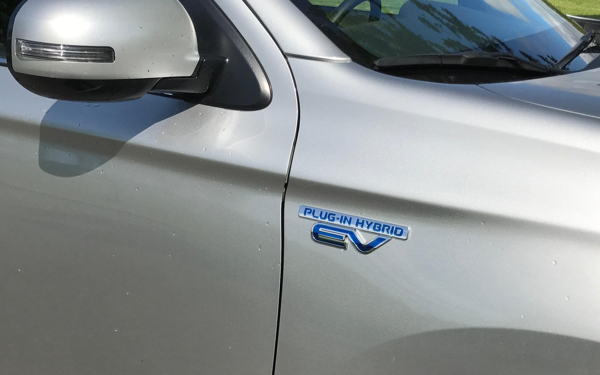 <p>Mitsubishi Outlander PHEV</p>