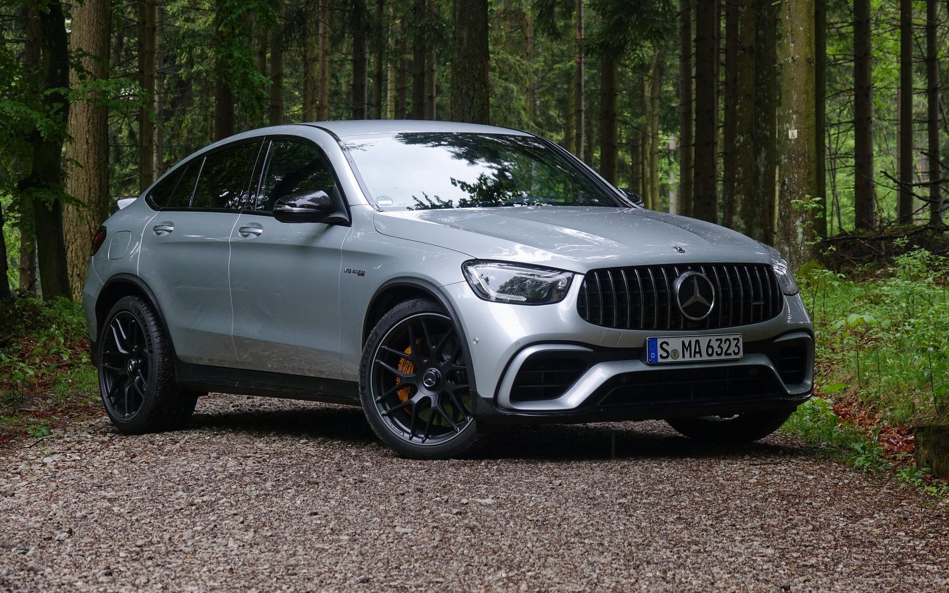 <p>Mercedes-AMG GLC 63 S Coupé 2020</p>
