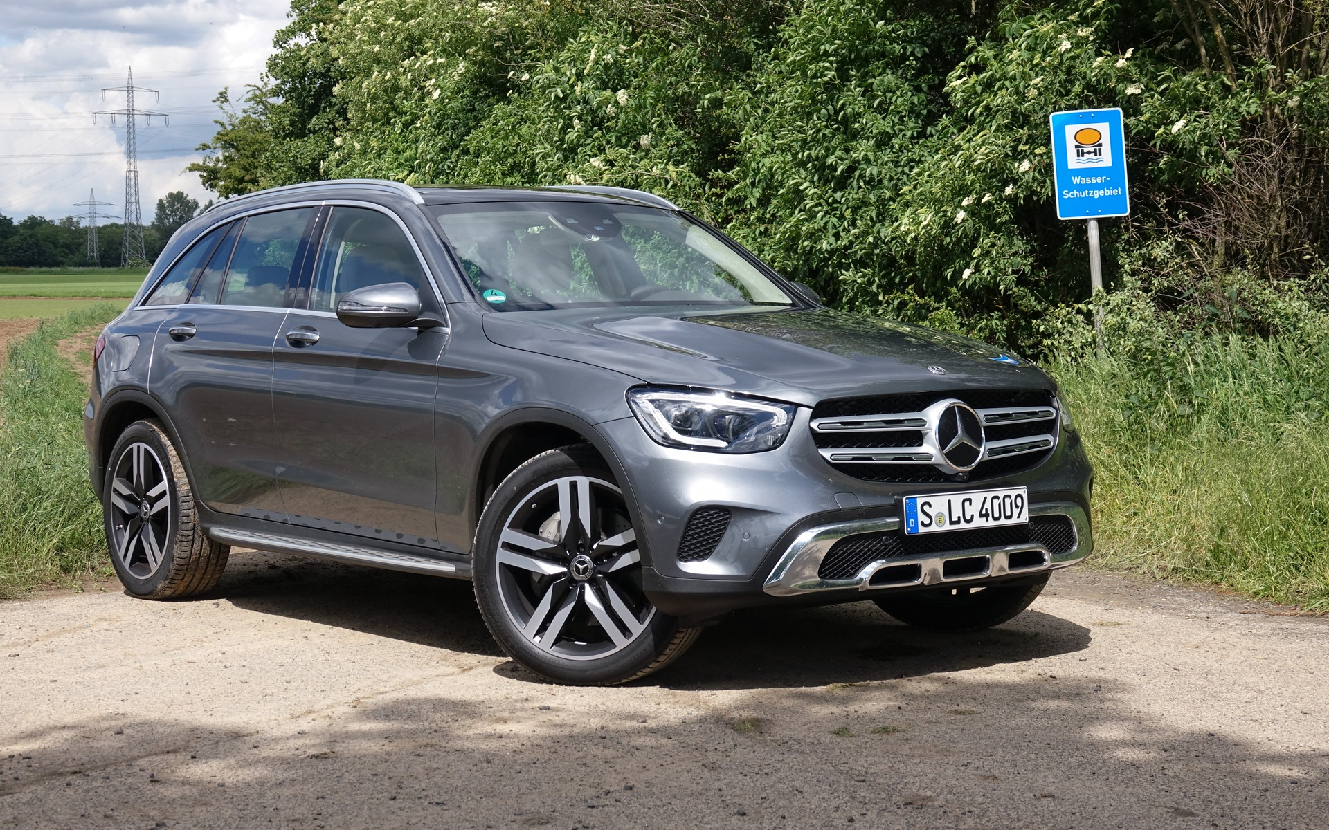 <p>Mercedes-Benz GLC 300 4MATIC 2020</p>