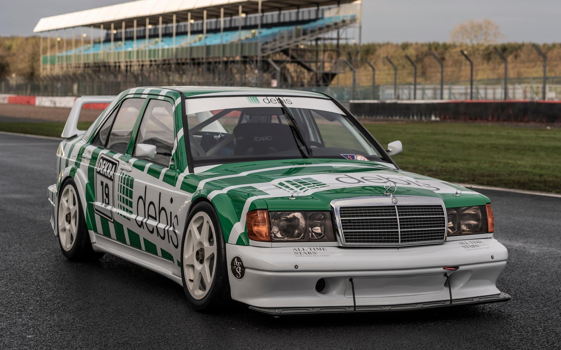 <p>Mercedes-Benz 190 de la série DTM à Silverstone</p>