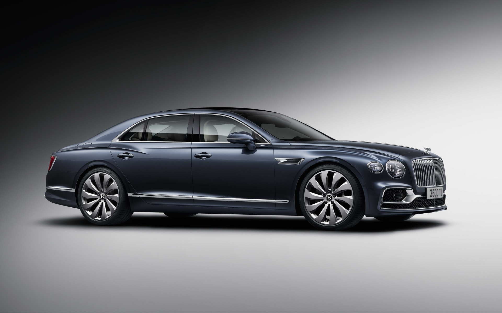 <p>2020 Flying Spur</p>