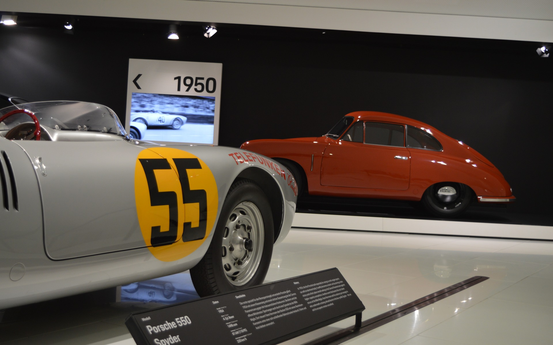 <p>Porsche 550 Spyder</p>