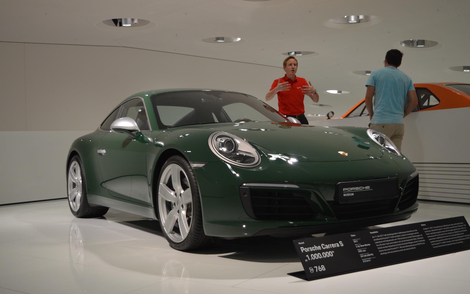 <p>La millionnière Porsche 911</p>