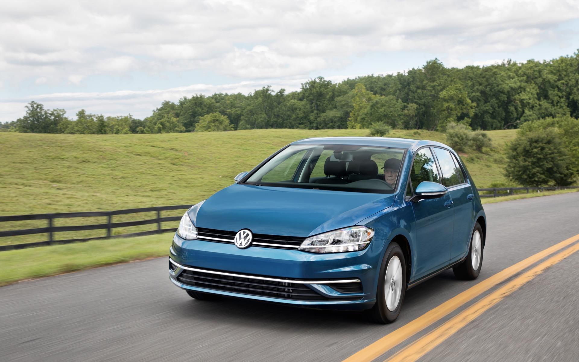 Volkswagen Golf : l'avenir de Volkswagen… depuis 45 ans! 387811_Volkswagen_Golf