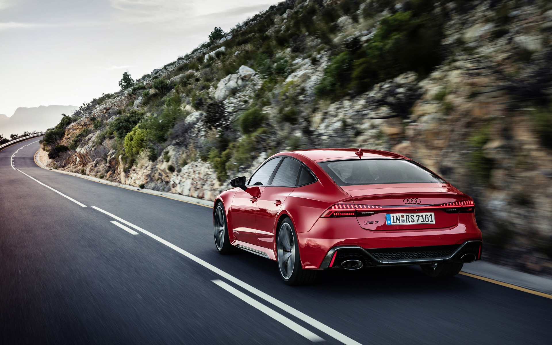 <p>Audi RS 72020</p>