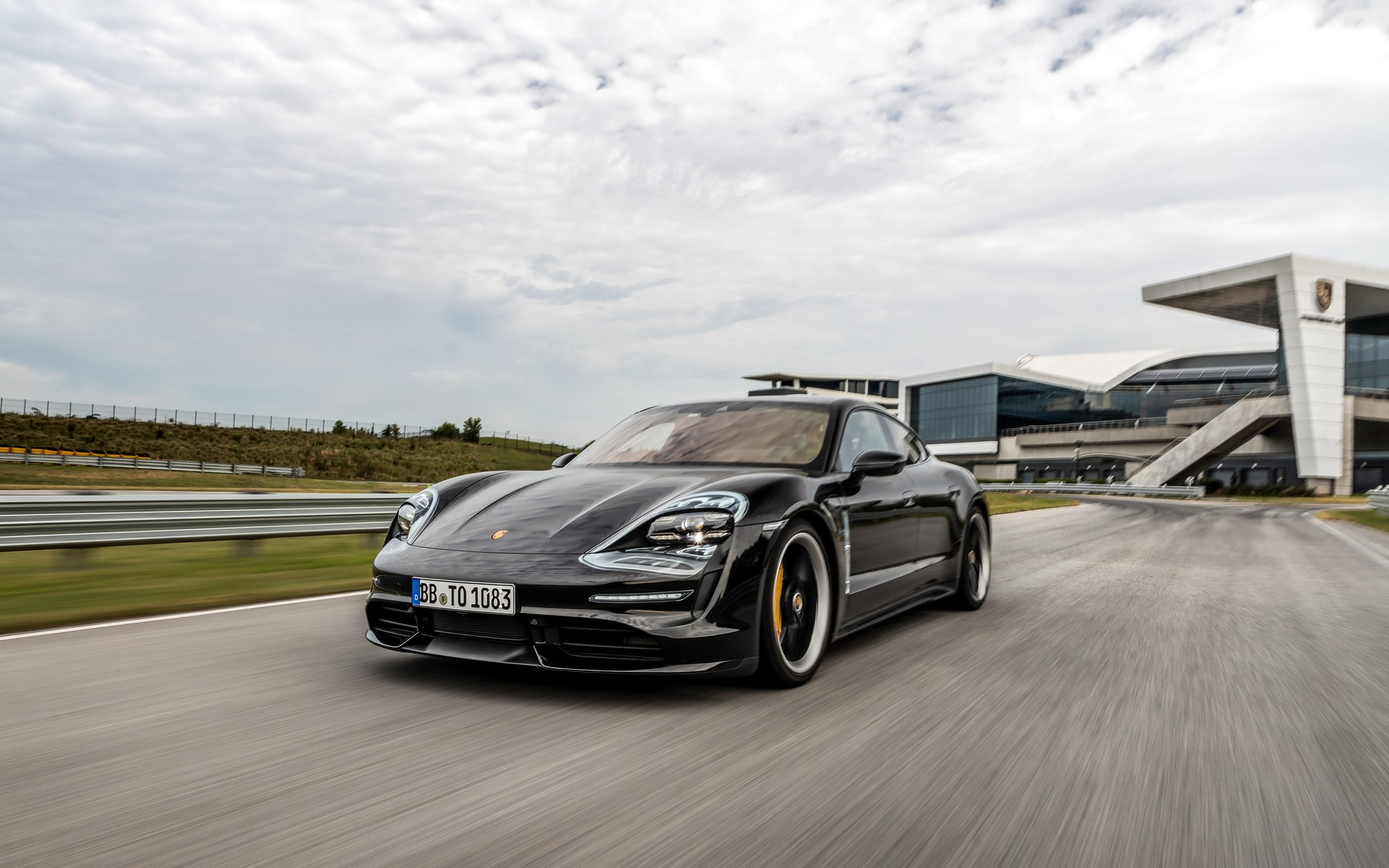 All Electric Porsche Taycan Ushers In A New Era At Porsche The Car Guide