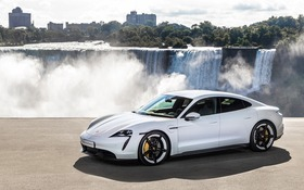 Five Things To Know About The 2020 Porsche Taycan The Car Guide