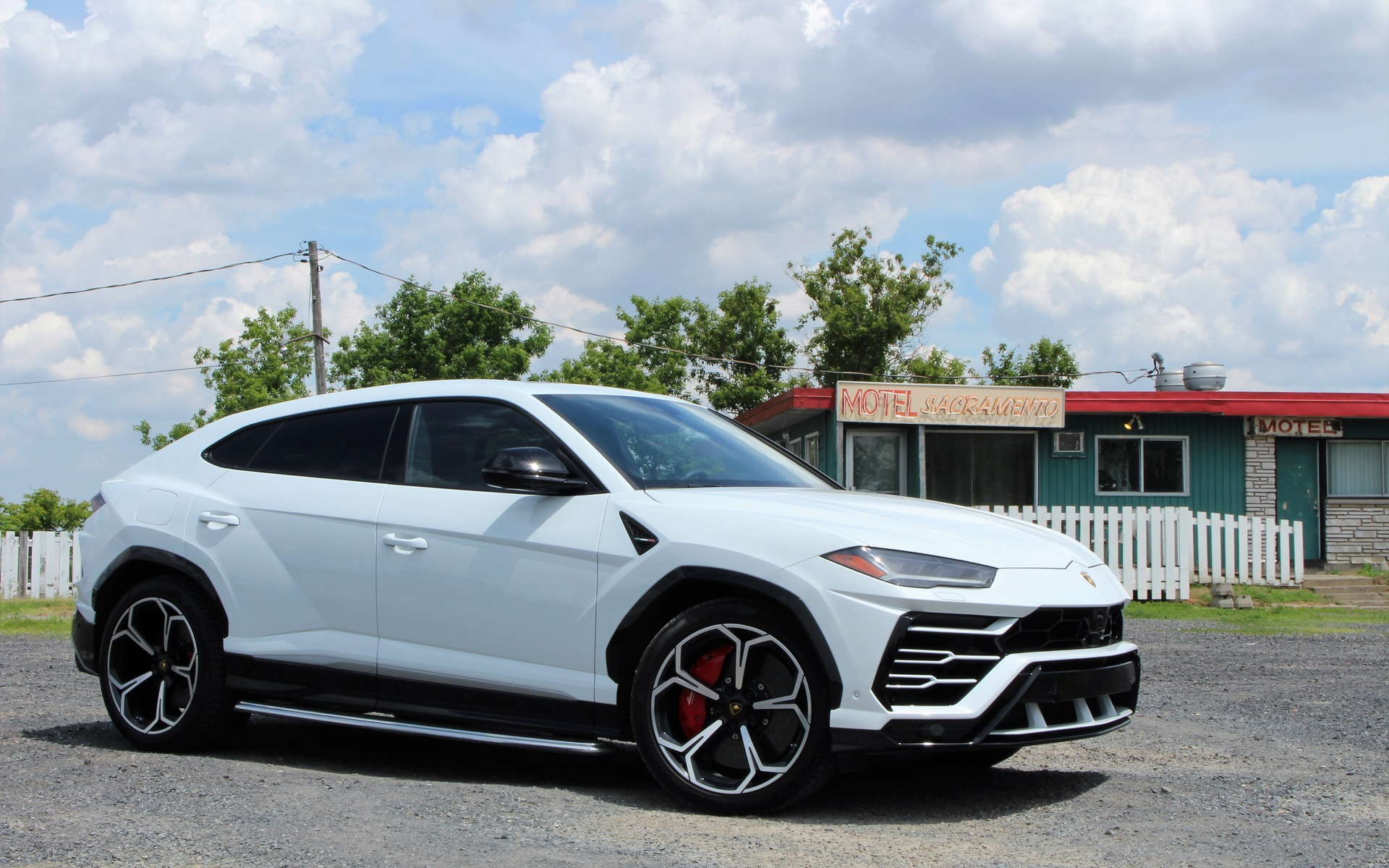 how much is a lamborghini urus