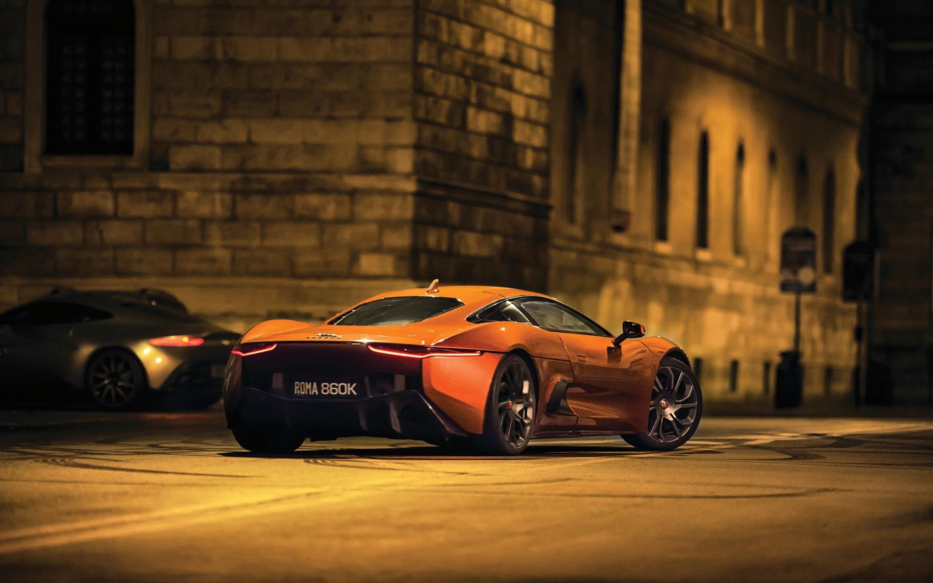 <p>Jaguar C-X75 dans le film <em>Spectre</em></p>