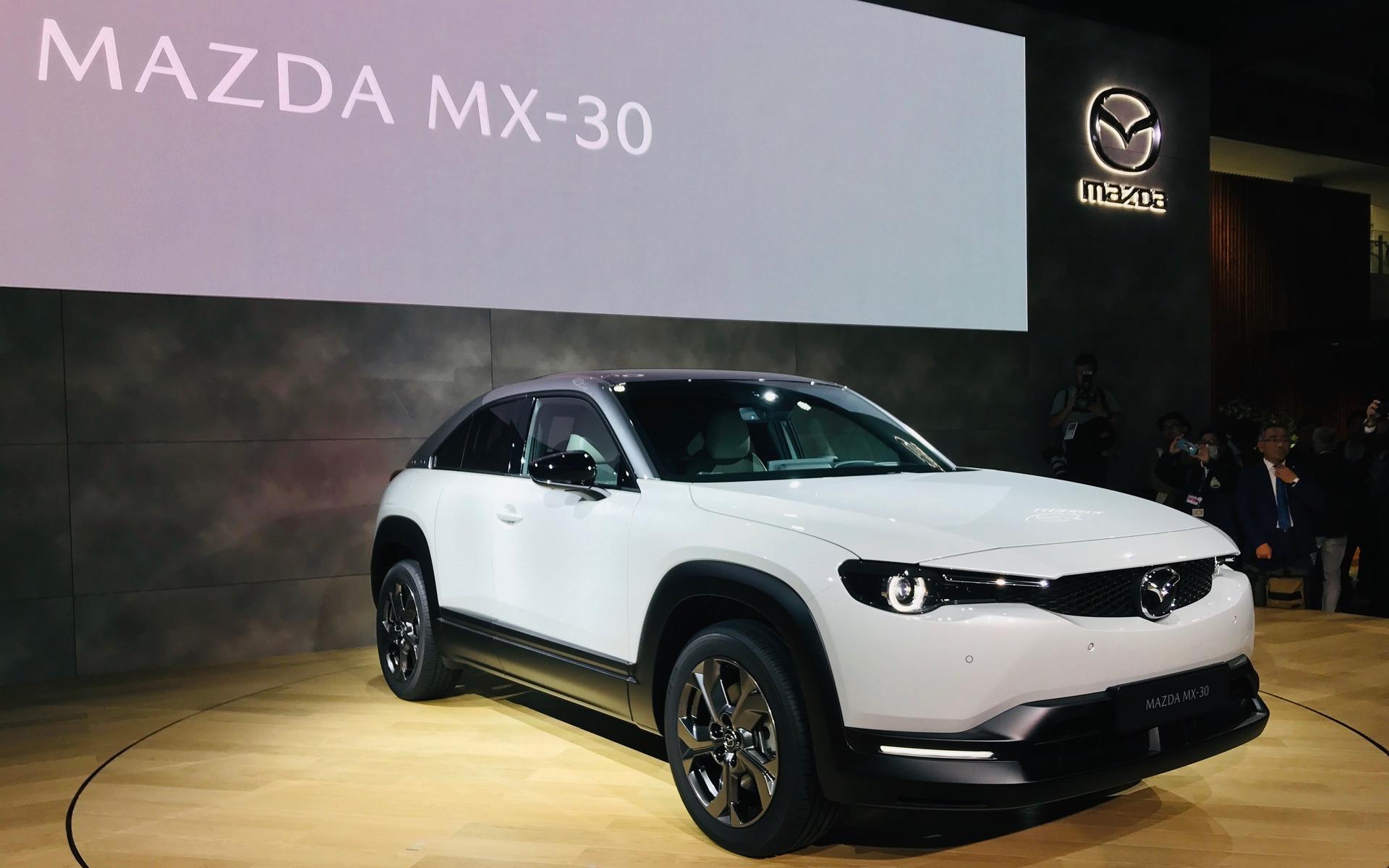 Mazda MX-30 (2019) 28