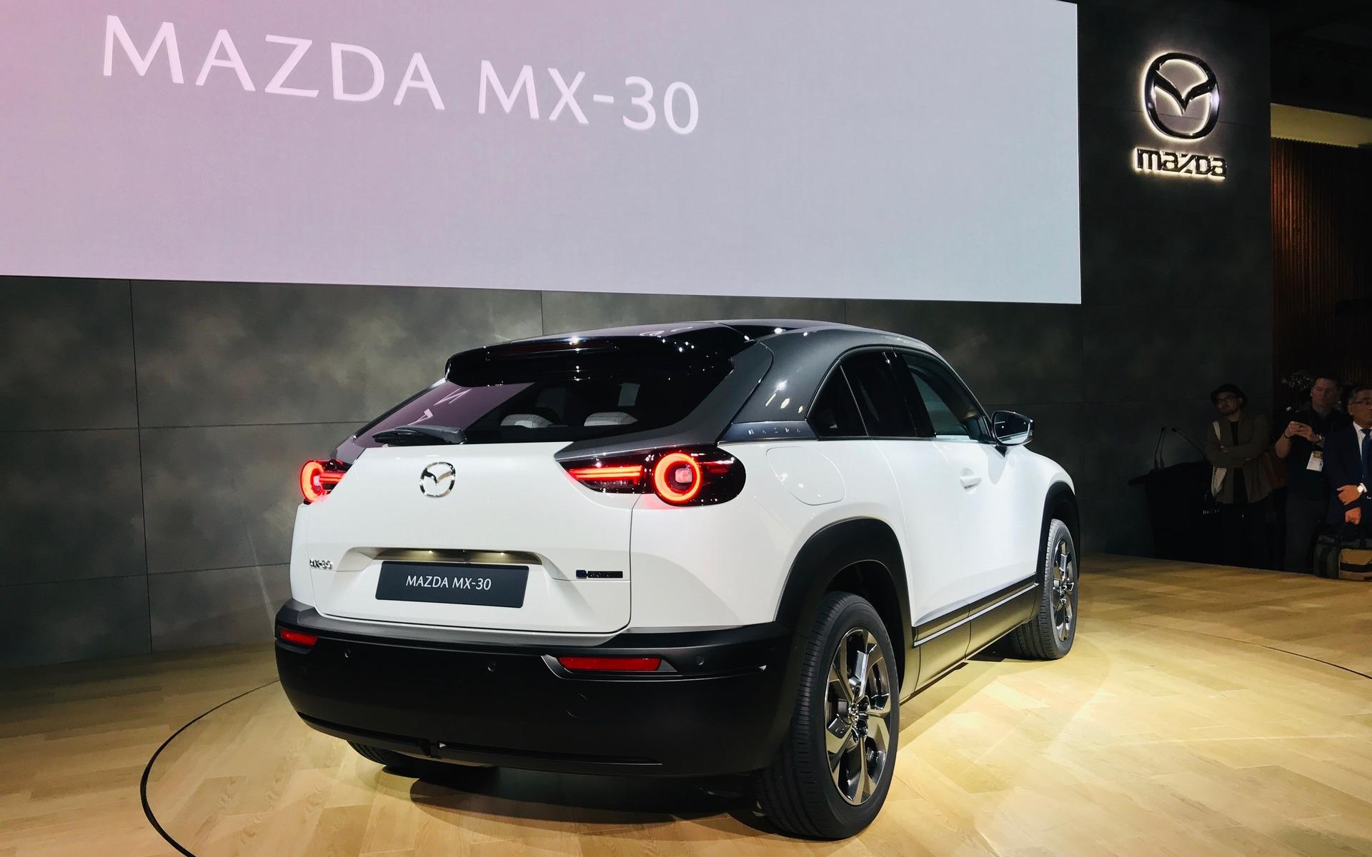 Mazda MX-30 (2019) 26