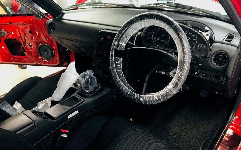 Mazda MX-5 Miata 1989 : un voyage dans le temps 397281_Mazda_MX-5_Miata_1989_-_Un_voyage_dans_le_temps