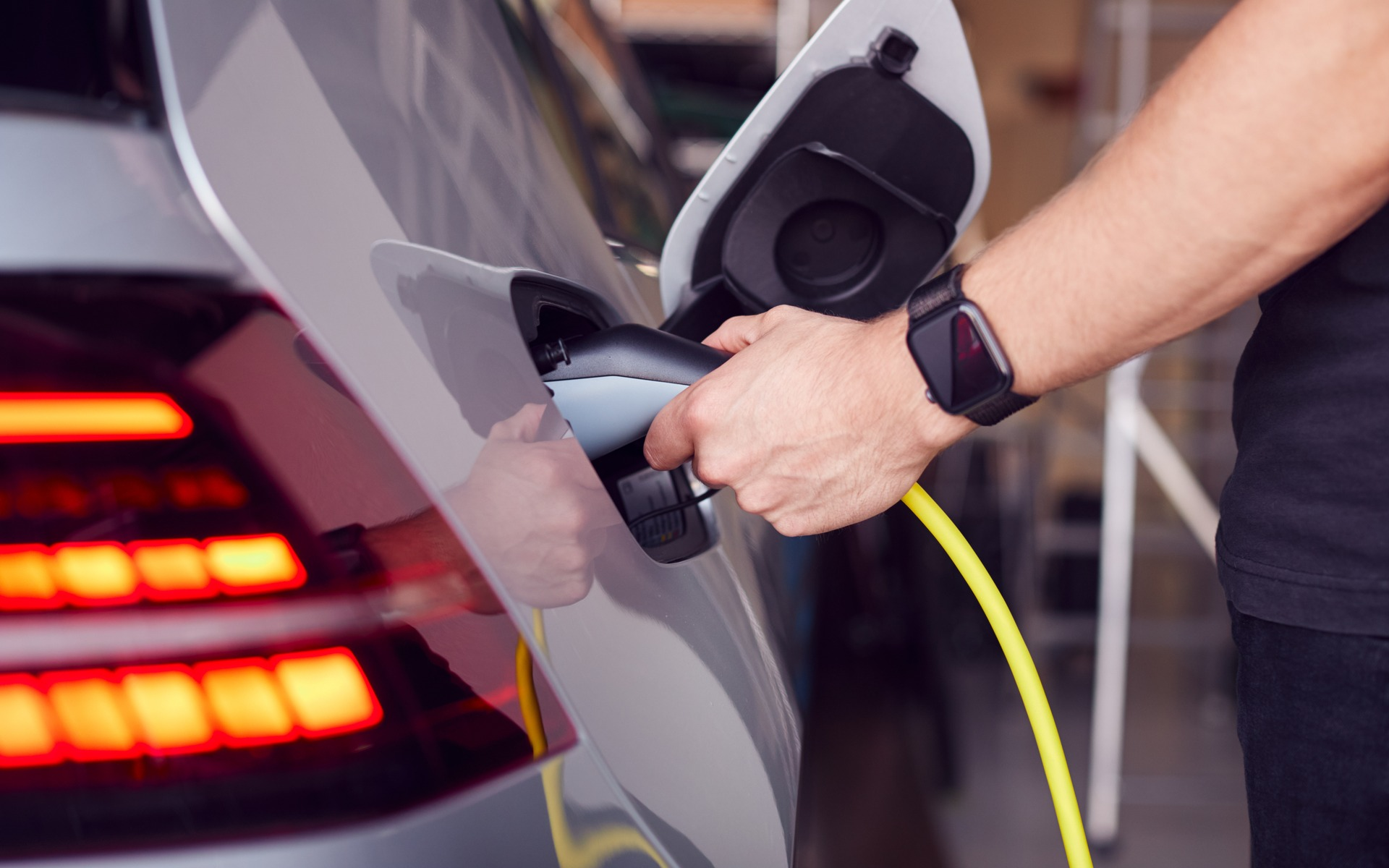 Researchers Successfully Charge An Electric Car In 10